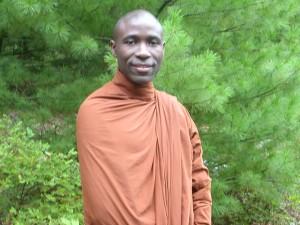 """Conferencia Pública (entrada libre)  """"Etica y Bienestar Mental""""  Ven. Buddharakkhita"""